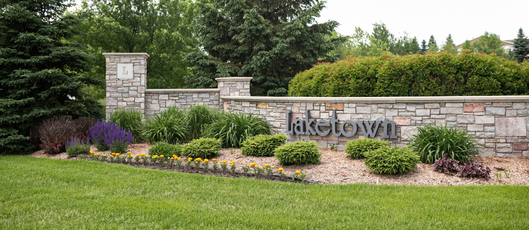 Laketown Colonial Patriot Collection Entrance