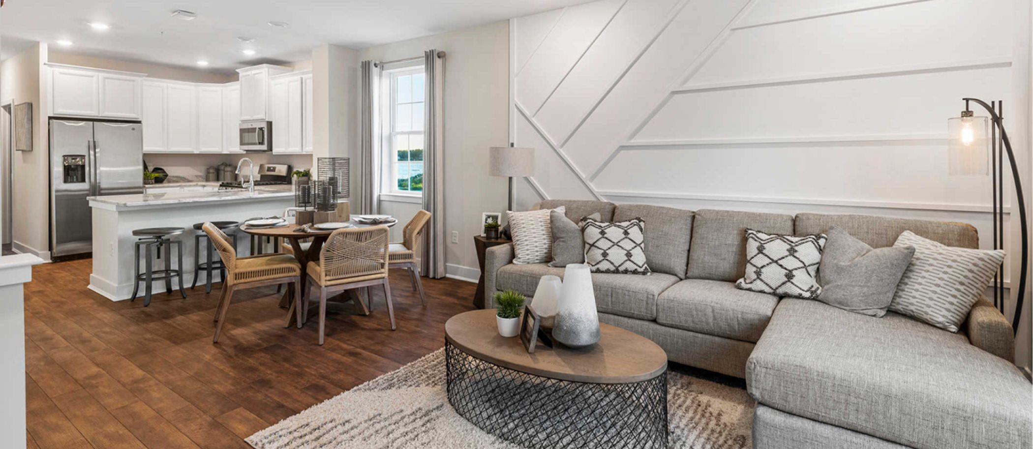 Waterside-By-Lennar Waterside Contemporary Towns Easton Room