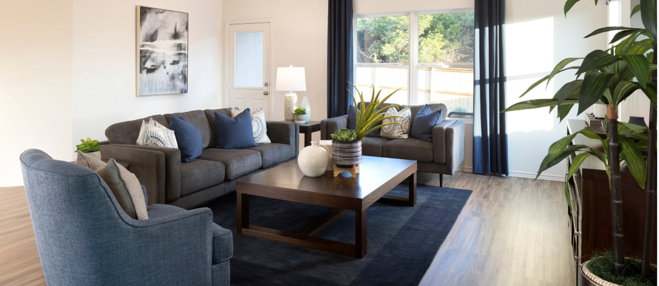 Bryson Claremont Collection Aplin Living Room