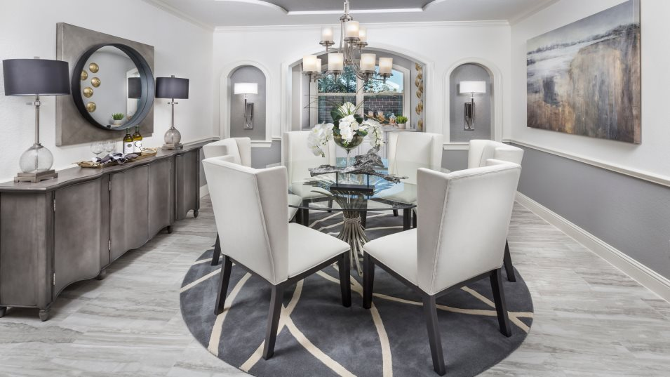 Woodtrace Classic Collection Gershwin II Dining Room