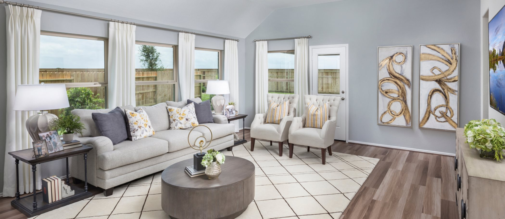 Dellrose Wildflower Collection Clover Living Room