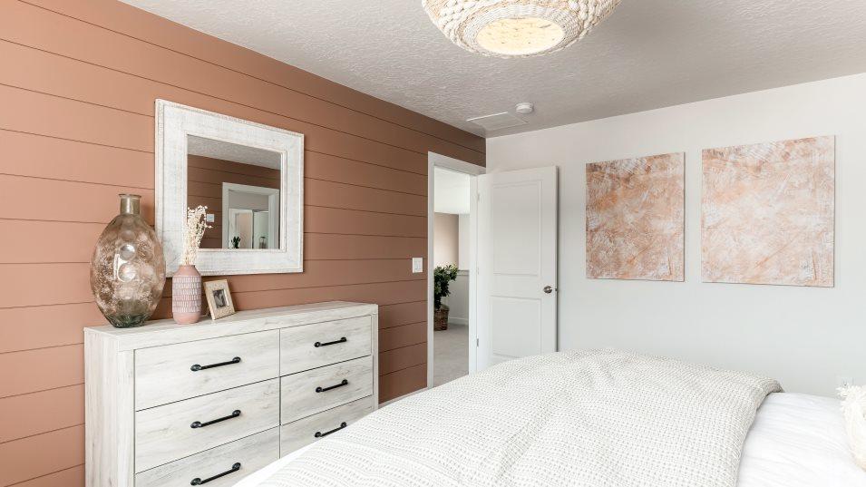 Primrose Villages Sundance Owner's Suite Bedroom