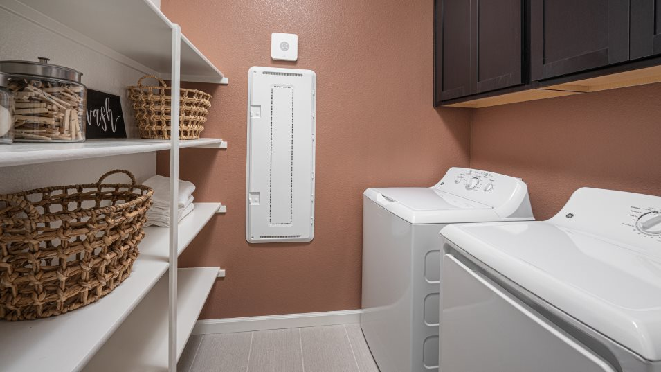 Windsor Crossing at River Oaks North Residence 1772 Laundry Room