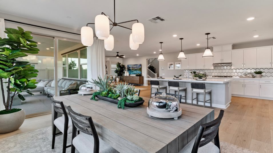 Sanctuary at Canopy Grove Residence 2 Dining