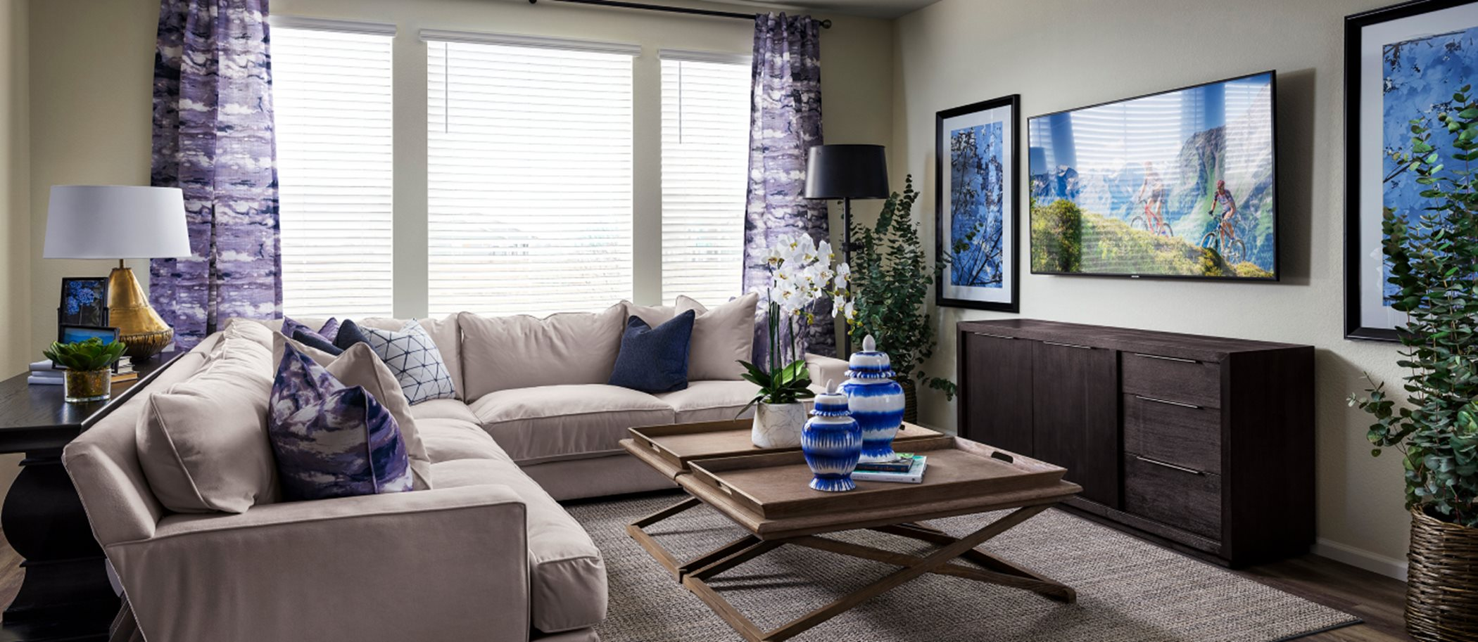 Mosaic The Monarch Collection Pinnacle Living Room