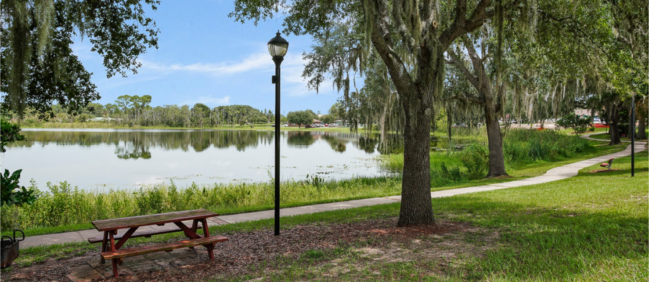 Groveland's Downtown Festival Park Pond