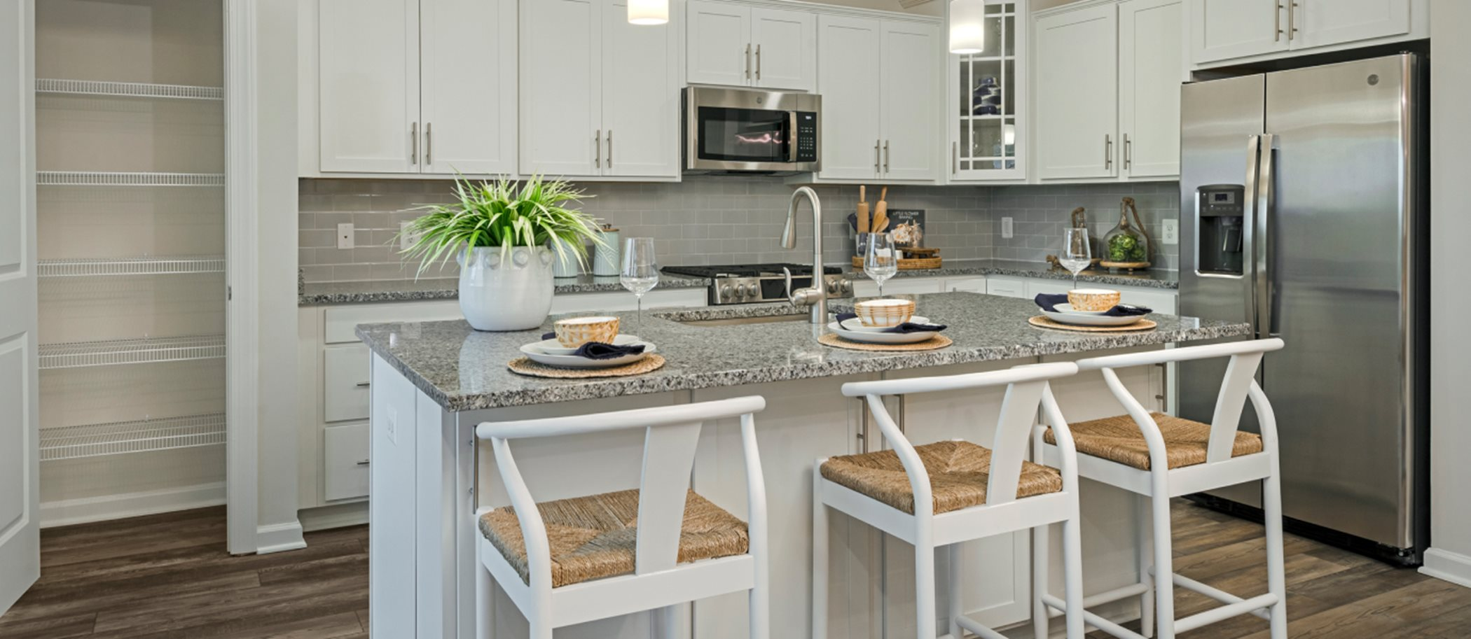 Seabrook at Willow Park Middleburg Kitchen